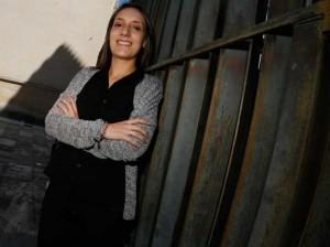 La sexóloga y pedagoga Sara Rodríguez, en el Centro de Estudios Universitarios de Avilés. IRMA COLLÍN